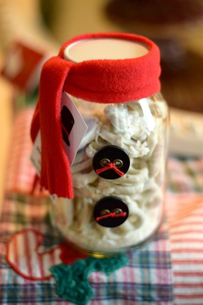Snowman Jar: Christmas Gift Idea