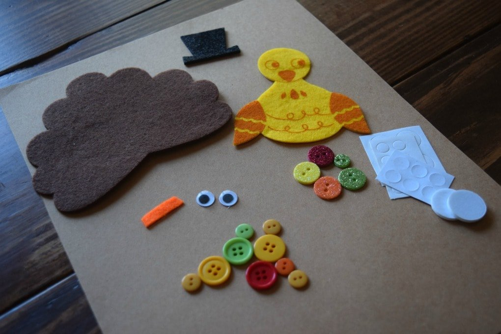 Thanksgiving Day Activities for Kids - Felt Turkey Craft by This Little Home of Mine