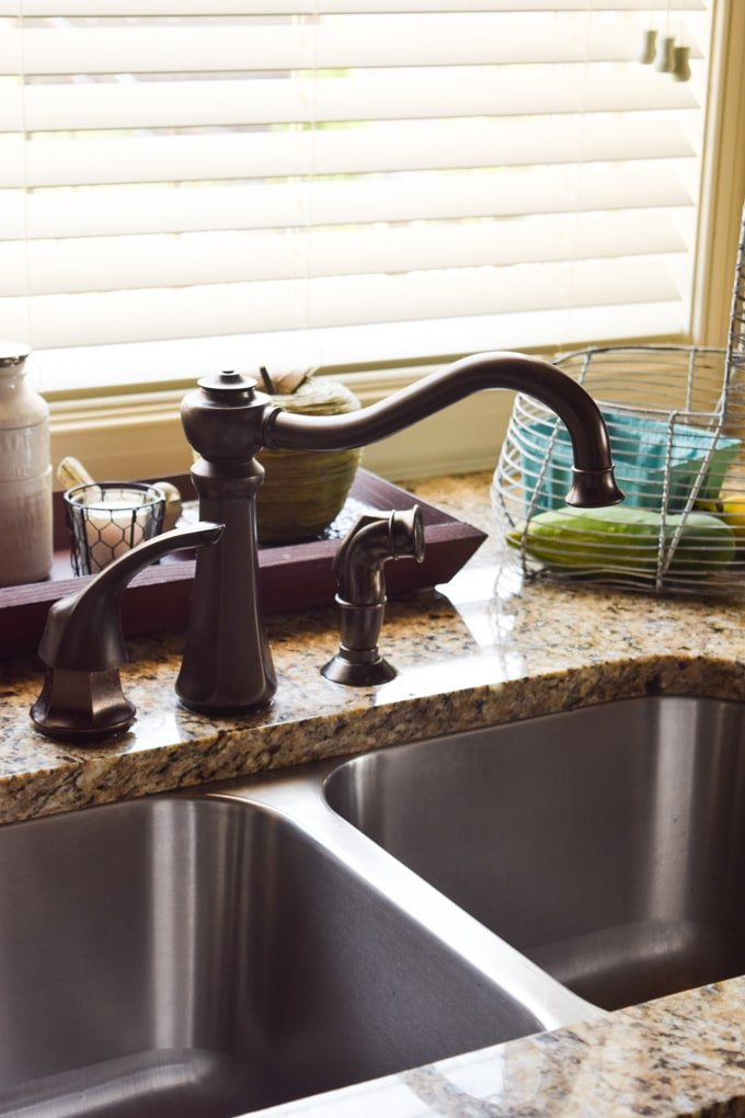 Three Quick Cleanups to Do Before Visitors Arrive