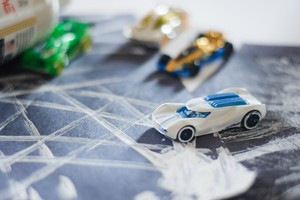 Painting with Hot Wheels Cars - Driving Through the Snow