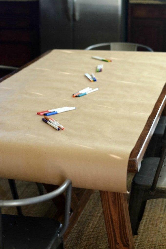 How to Set Up a Coloring Table