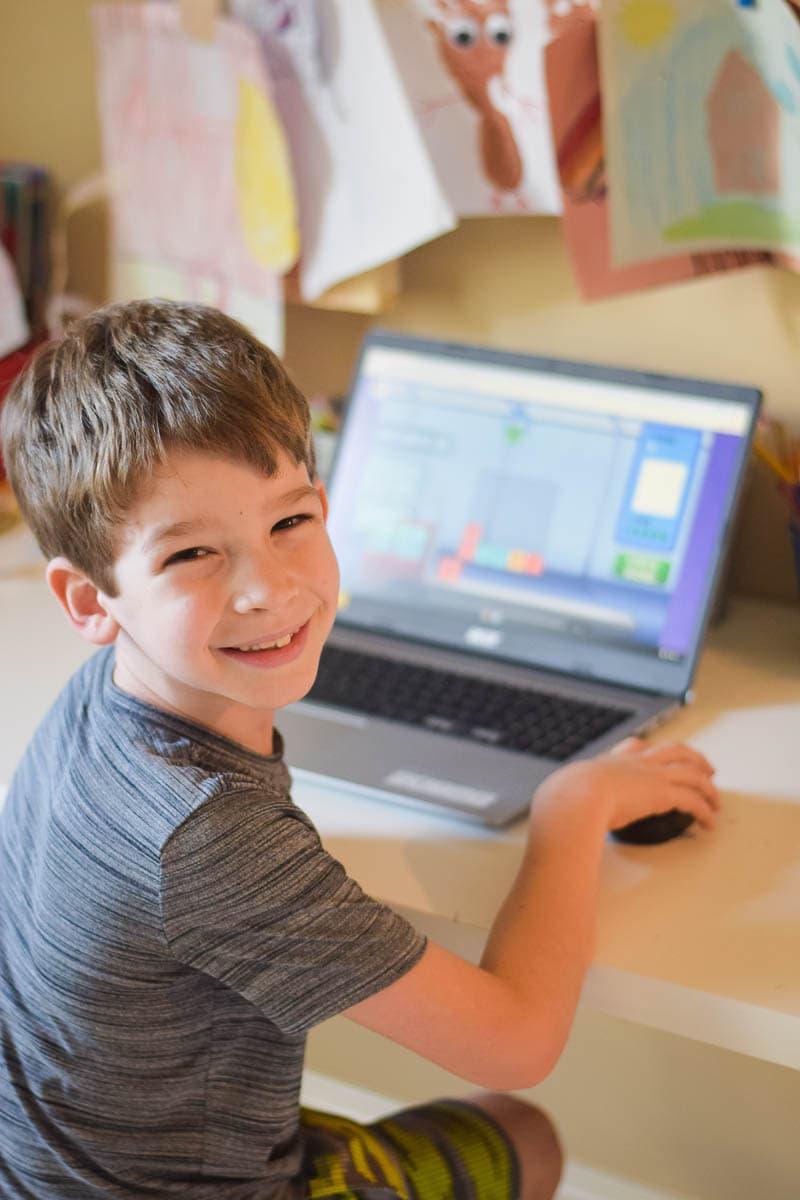 Homeschooling - Reading Eggs Program