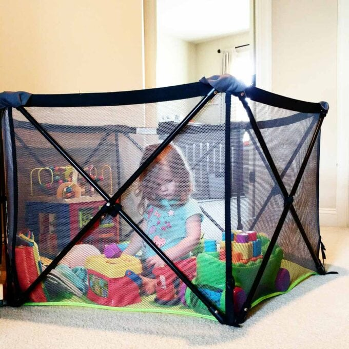 Summer Pop Up Portable Play Yard